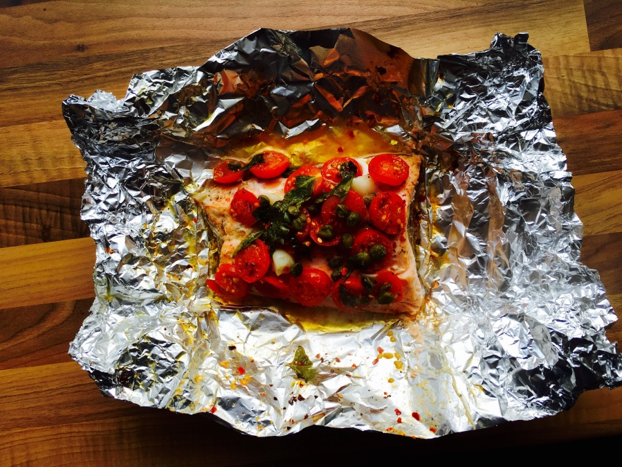 Baked salmon with sweet cherry tomatoes